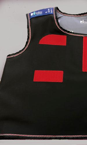 M12-שחור