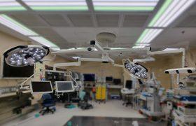 בית חולים שניידר, זרועות FLEX עם מנורות Sim.Led700 מנשא לשני מסכים וזרוע לנביגטור